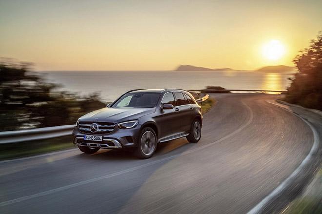 Bảng giá xe Mercedes-Benz GLC 2019 mới nhất, tặng 100% thuế trước bạ khi mua xe GLC200